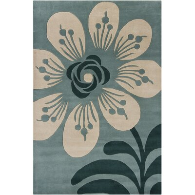 INT Floral Area Rug Rug Size: 79 x 106