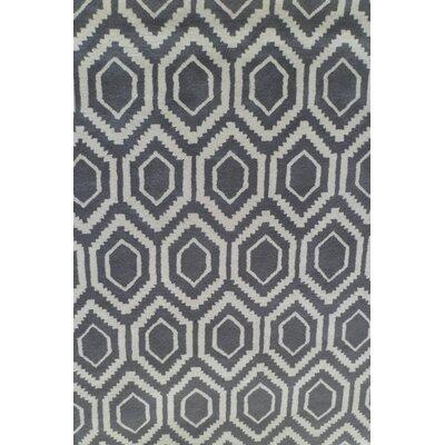 Davin Geometric Grey Area Rug Rug Size: 7 x 10