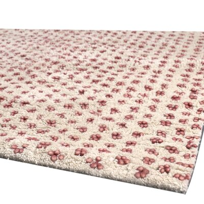 Strata Red/White Area Rug Rug Size: 79 x 106