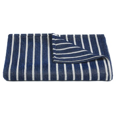 Aria Handcrafted Throw Color: Blue/White