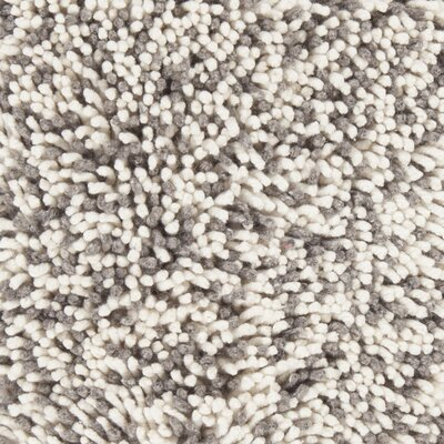 Eleanor Hand-Woven White/Gray Area Rug Rug Size: 79 x 106