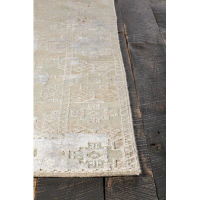 Rodericks Hand-Knotted Green/Gray Area Rug Rug Size: 5 x 76