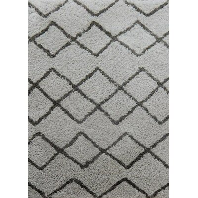 Gilmore Hand-Tufted Gray/Black Area Rug Rug Size: 79 x 106