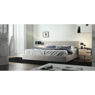Madison Upholstered Platform Bed Finish: Dusty Grey, Size: Queen