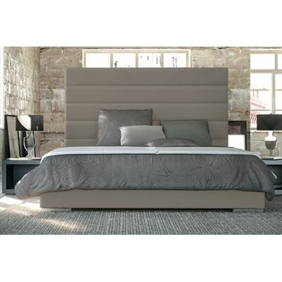 Prince Upholstered Platform Bed Color: Castle Gray, Size: King