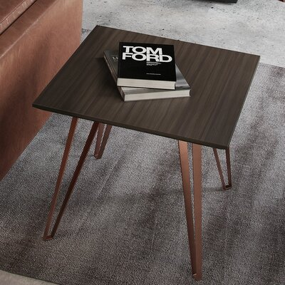 Grand End Table
