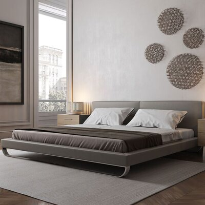 Chelsea Upholstered Platform Bed Size: Queen, Finish: Castle Gray