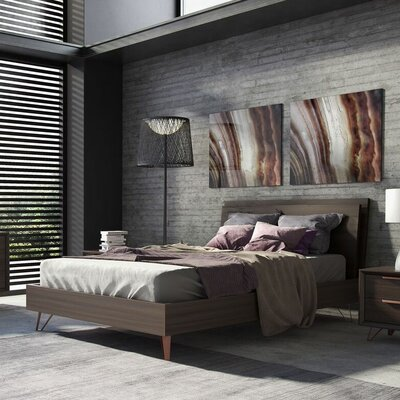 Grand Platform Bed Size: California King