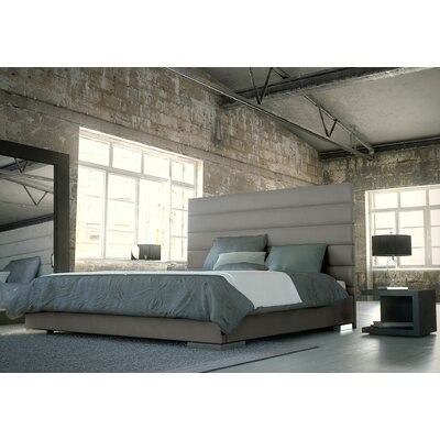 Prince Upholstered Platform Bed Color: Castle Gray, Size: Twin