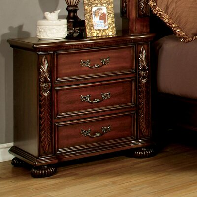 Lannisten 3 Drawer Bachelors Chest