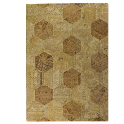 Honey Comb Siena Light Beige Geometric Area Rug Rug Size: 710 x 910
