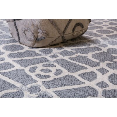 Heritage Hand-Tufted Gray Indoor/Outdoor Area Rug Rug Size: 5 x 8
