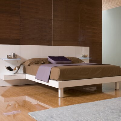 Rent to own Chico Platform Bed Size: King...