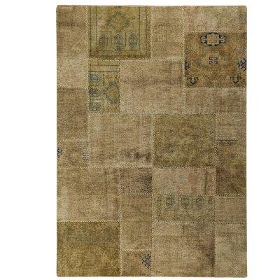 Renaissance Hand-Knotted Sand Area Rug Rug Size: 66 x 96