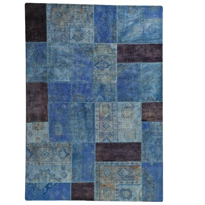 Renaissance Hand-Knotted Light Blue Area Rug Rug Size: 52 x 76