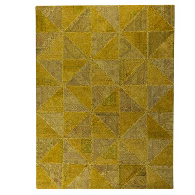 Tile Viviana Light Gold Area Rug Rug Size: 52 x 76