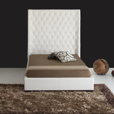 Penthouse Upholstered Platform Bed