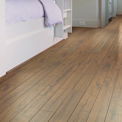 Lincolnshire 5 x 48 x 12mm Laminate Flooring in Amber Hill
