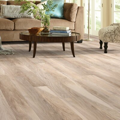 Grand Summit 8 x 79 x 10mm Hickory Laminate Flooring in Glacier