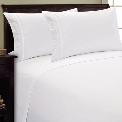 Sweet Pea Sheet Set Size: King, Color: White