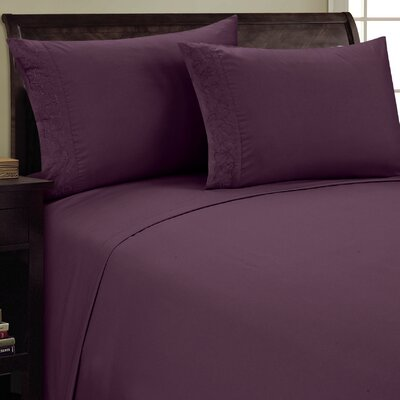 Scroll Design Sheet Set Size: King, Color: Eggplant