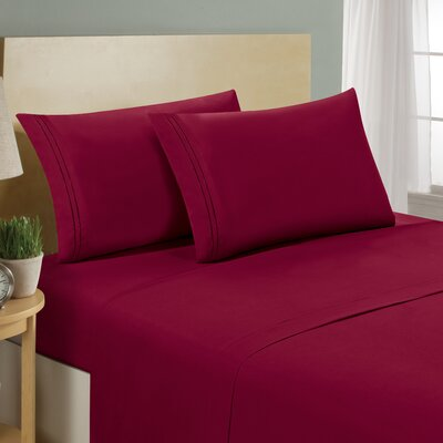 Two Line Sheet Set Size: Twin, Color: Burgundy