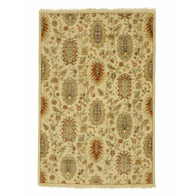 Agra Hand-Knotted Ivory Agra Rug