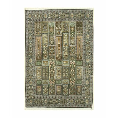 Kashmir Hand-Knotted Ivory/Green Area Rug