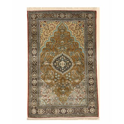 Valenzano Traditional Hand-Knotted Silk Gold Area Rug