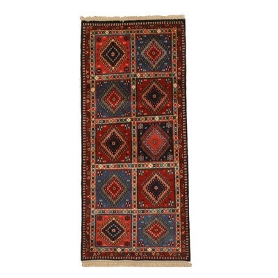 Middleton Traditional Hand-Knotted Wool Blue/Red Area Rug