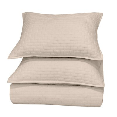 Ember Reversible Quilt Color: Natural, Size: King
