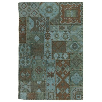 Lavaggio Lagoon Patchwork Rug Rug Size: 4' x 6'