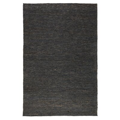 Zandra Soumak Charcoal Indoor/Outdoor Area Rug Rug Size: 5 x 8