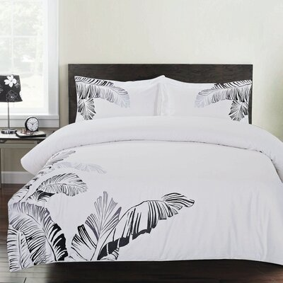 Pacific Embroidered 3 Piece Duvet Cover Set Size: Full/Queen