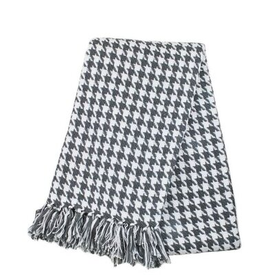 Houndstooth Yarn Dyed 100% Cotton Throw Color: Grey