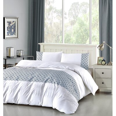 Duvet Cover Set Size: Full/Queen, Color: Navy