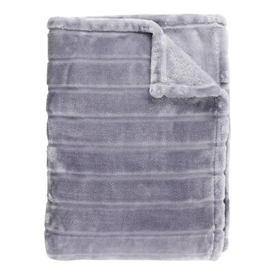 Sculpted Bliss Throw Color: Amethyst