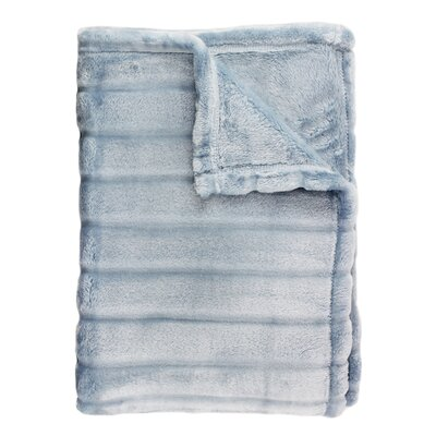 Sculpted Bliss Throw Color: Blue