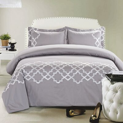 Lattice 3 Piece Duvet Cover Set Size: Full/Queen