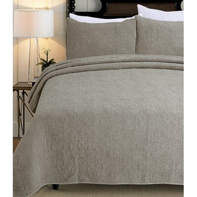 3 Piece Quilt Set Color: Fog, Size: King
