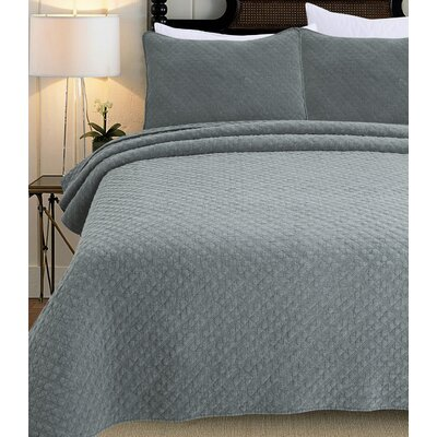 3 Piece Quilt Set Size: King, Color: Ocean