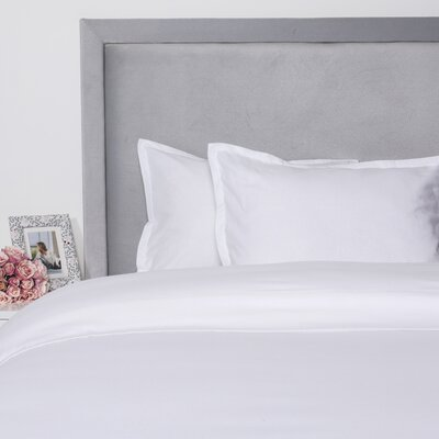 Duvet Cover Set Color: White, Size: King