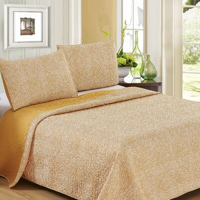 Ron Chereskin Reversible Quilt Set Size: King, Color: Golden Rod