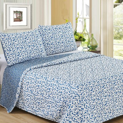 Ron Chereskin Reverisble Quilt Set Size: Full/Queen, Color: Cobalt/White