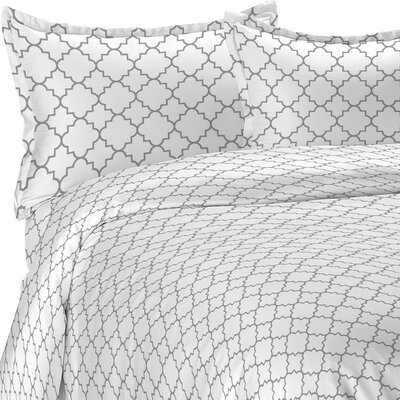 Lattice Duvet Set Color: Gray, Size: Full/Queen