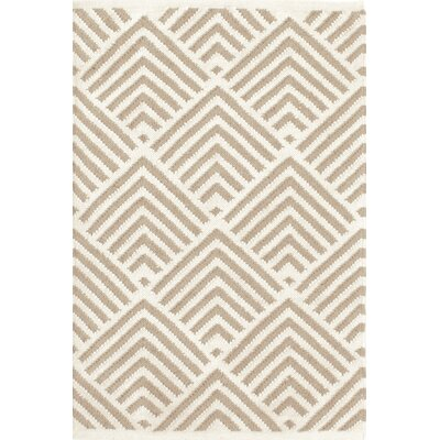 Cleo Grey / Ivory Cement Graphic Indoor / Outdoor Area Rug Rug Size: 5 x 8