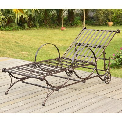 Snowberry Chaise Lounger Finish: Bronze