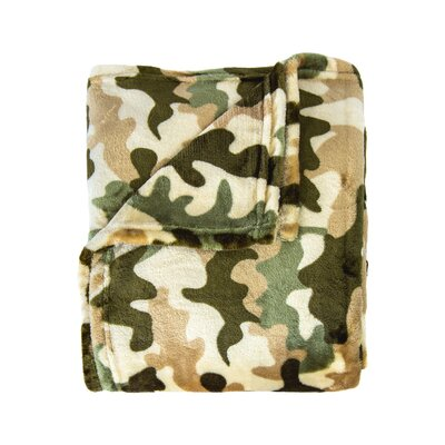 Dellview Contemporary Super Soft Print Throw Color: Green Camo