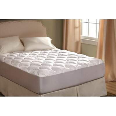 Ultra Plush Mattress Pad Size: Queen