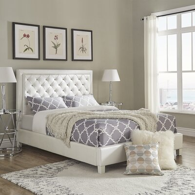 Caledonia Velvet Tufted Upholstered Panel Bed Size: Queen, Color: Ivory/White